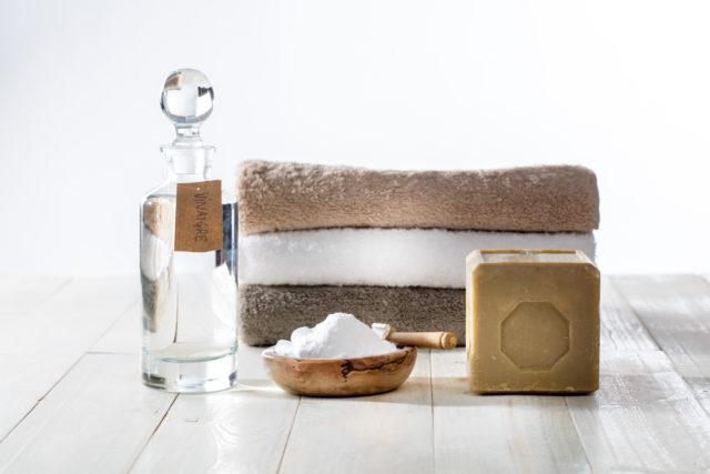6 essentiels pour fabriquer ses produits d'entretien « maison »